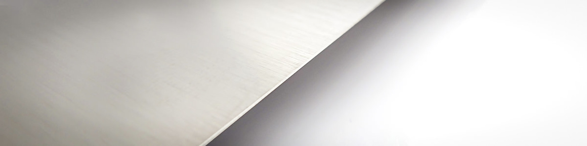 "Solingen ""dry-fine grinding"" – Exceptional sharpness and long-lasting edge retention"
